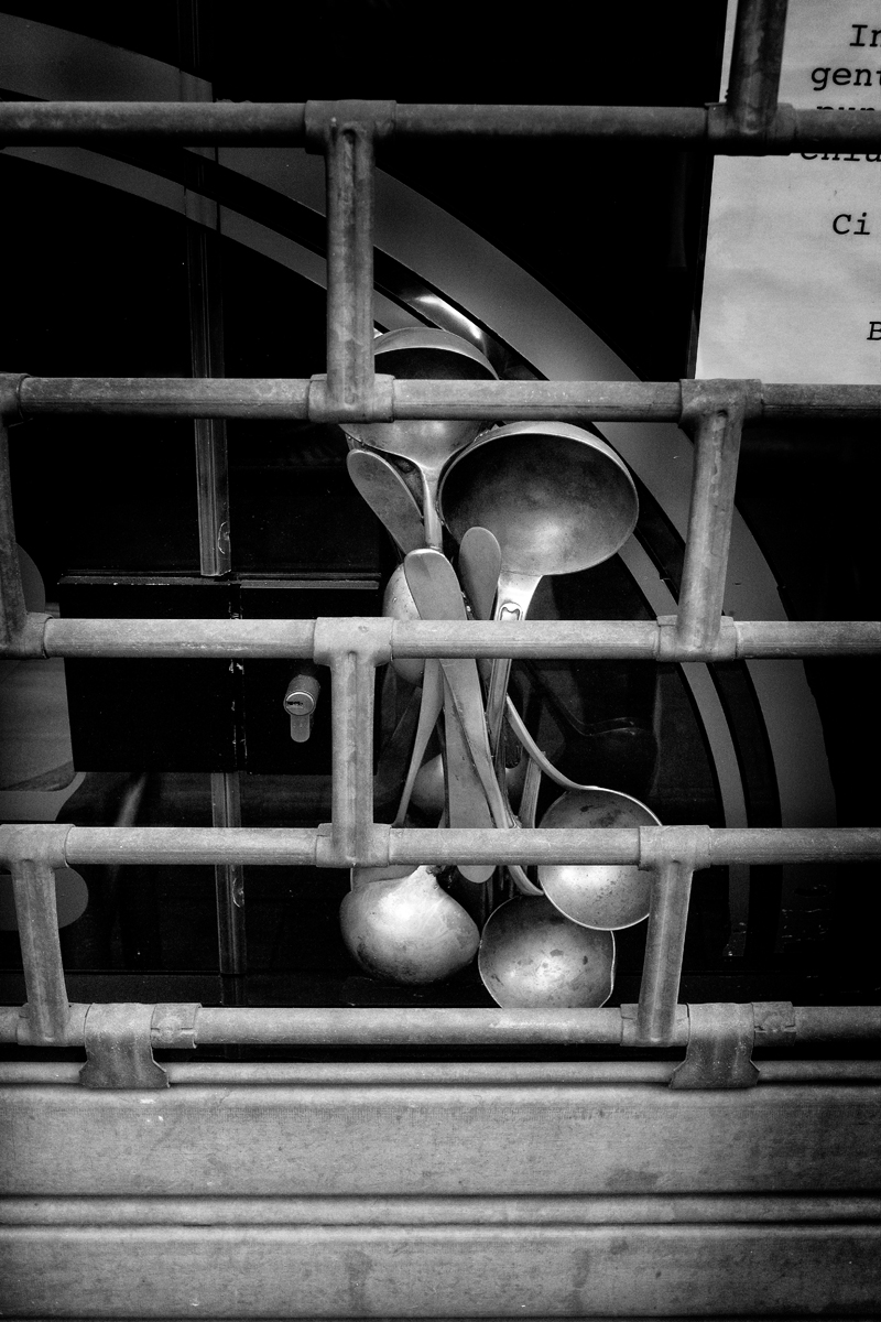 utensilien zum kochen