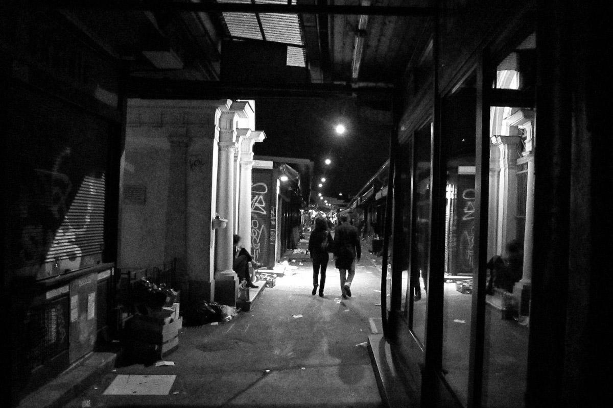 naschmarkt bei nacht, wien