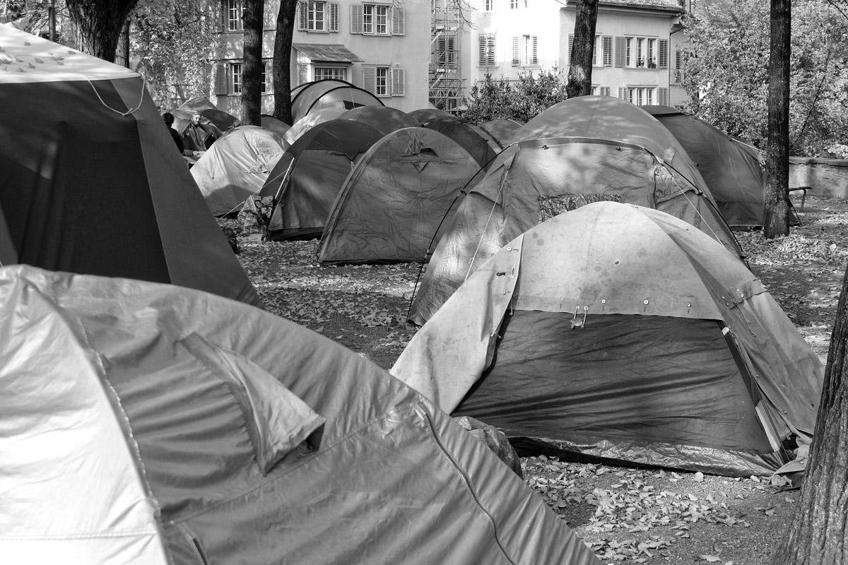 occupy bewegung in zürich auf dem lindenhof