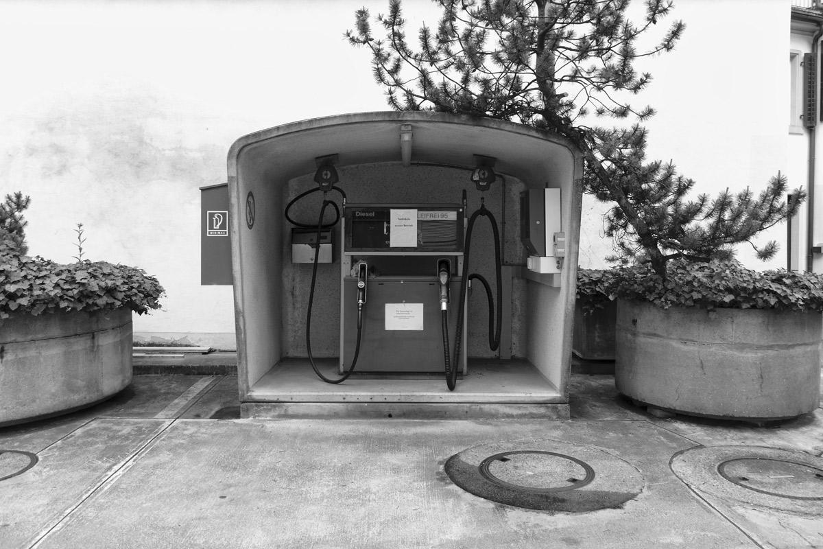 kleine tankstelle in selbstbedienung