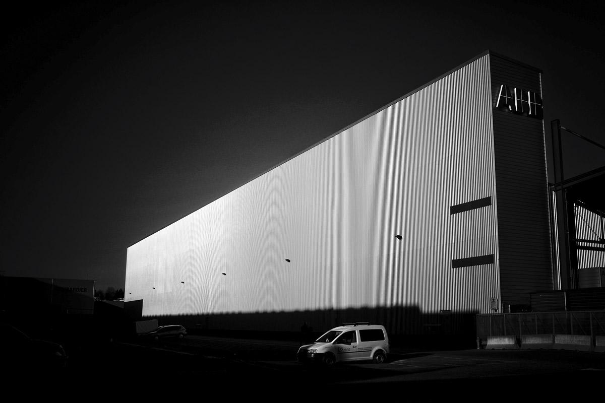 eine produktionshalle der ABB