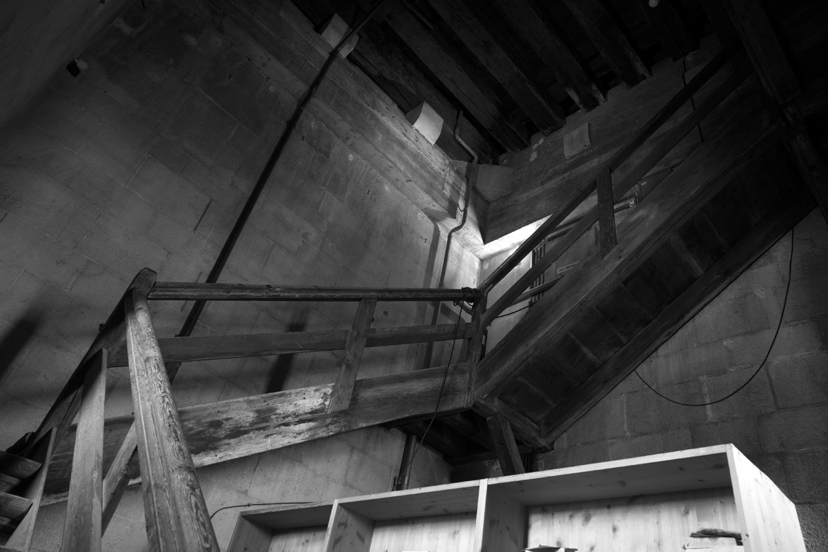 treppe im rechten turm, grossmünster, zürich