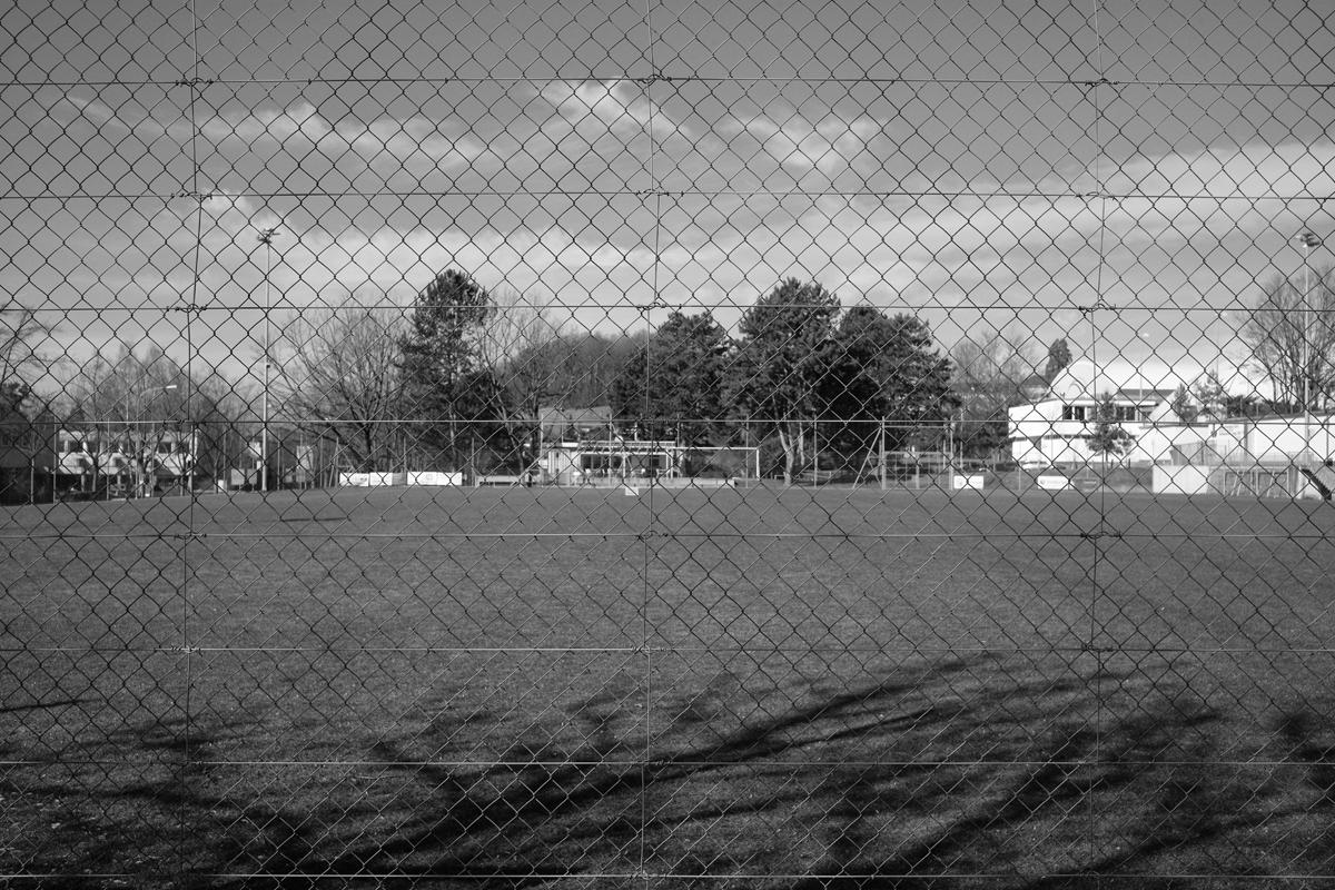 ein sportplatz (fussball)